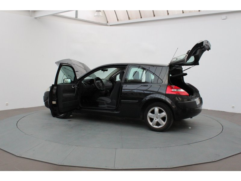 Renault Mégane 1.4 16v CONFORT AUTHENTIQUE