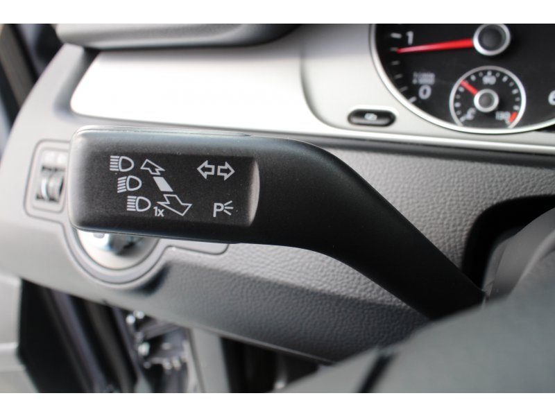 Volkswagen Passat 1.6 TDI 105cv Tech Edition BlueMotion