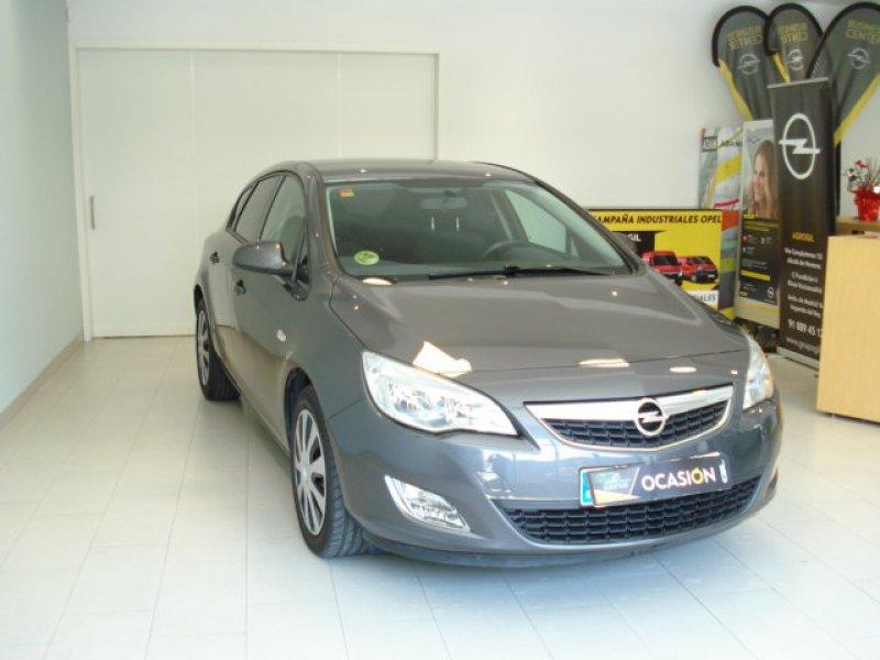 Opel Astra 1.7 CDTi 110 CV Selective 5P