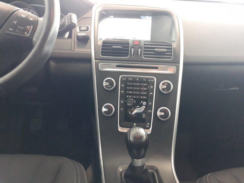 Volvo XC60 2.0 D3 136 CV PREMIUM EDITION