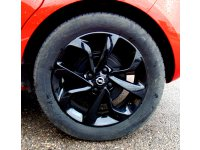 Opel Corsa 1.4 90cv MT5 Color Edition