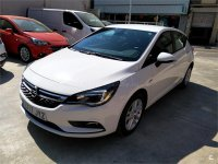 Opel Astra 1.6 CDTi 110 CV Business +