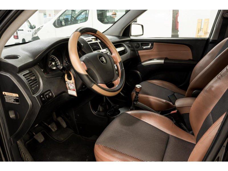 Kia Sportage 2.0 CRDI EX