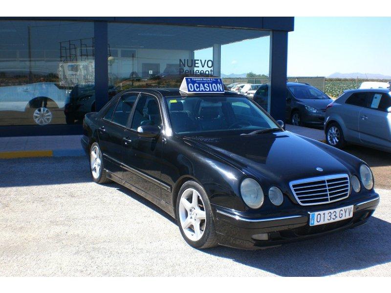 Mercedes-Benz Clase E E 320 CDI AVANTGARDE