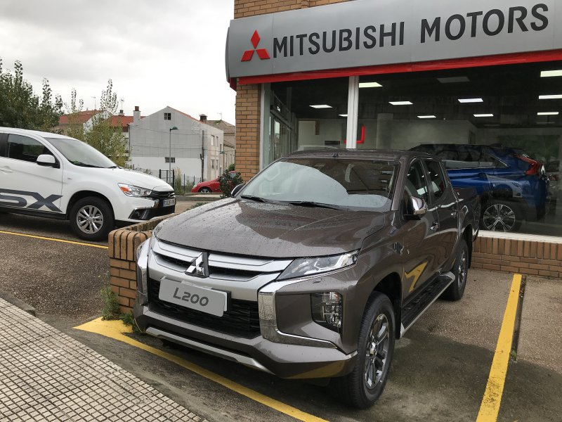 Mitsubishi L200 220DID 6AT H-Line Motion