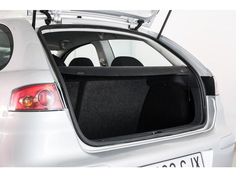 SEAT Ibiza 1.4 16V 75 CV SPORT