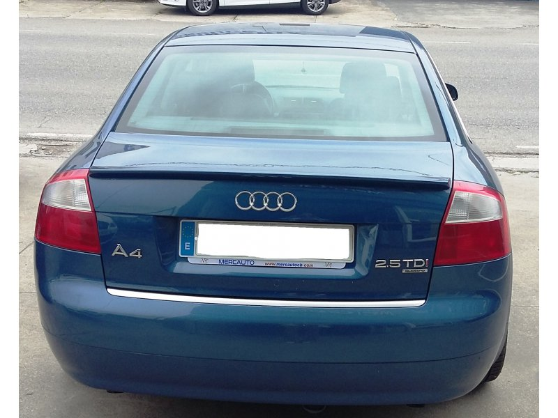 Audi A4 2.5 TDI 180CV 4x4 QUATTRO