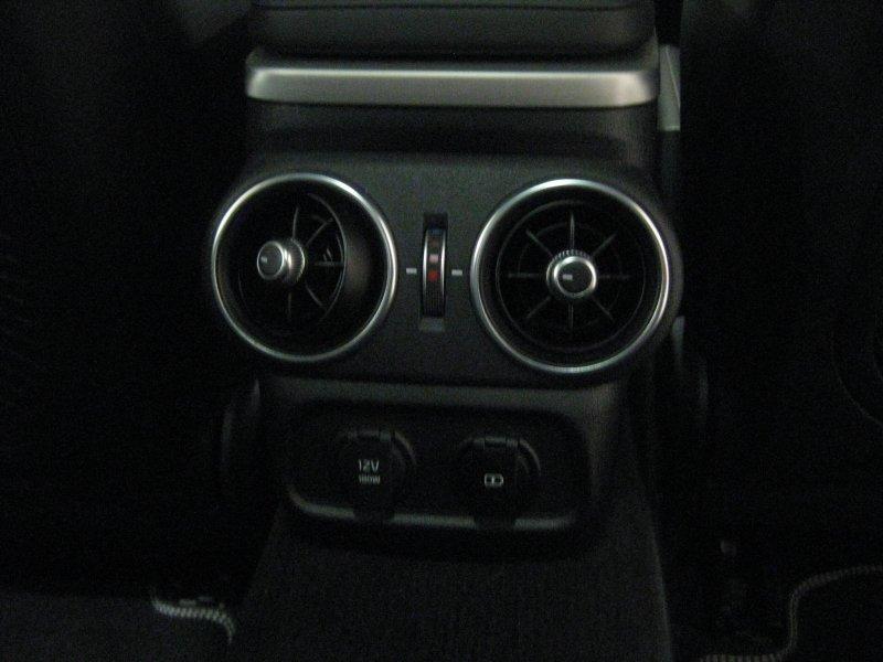 Kia Stinger 2.2 CRDI PETD 4X2 GT-Line GT Line