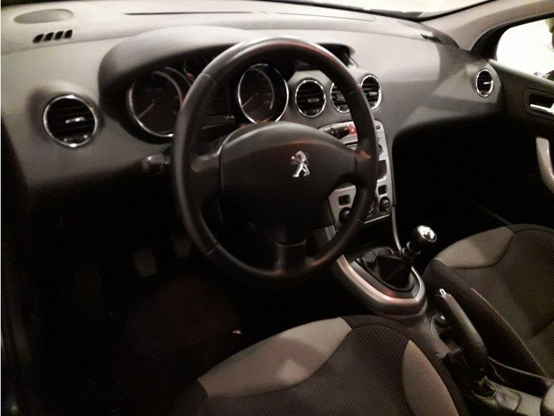Peugeot 308 5P 1.6 e-HDI 110 FAP Active