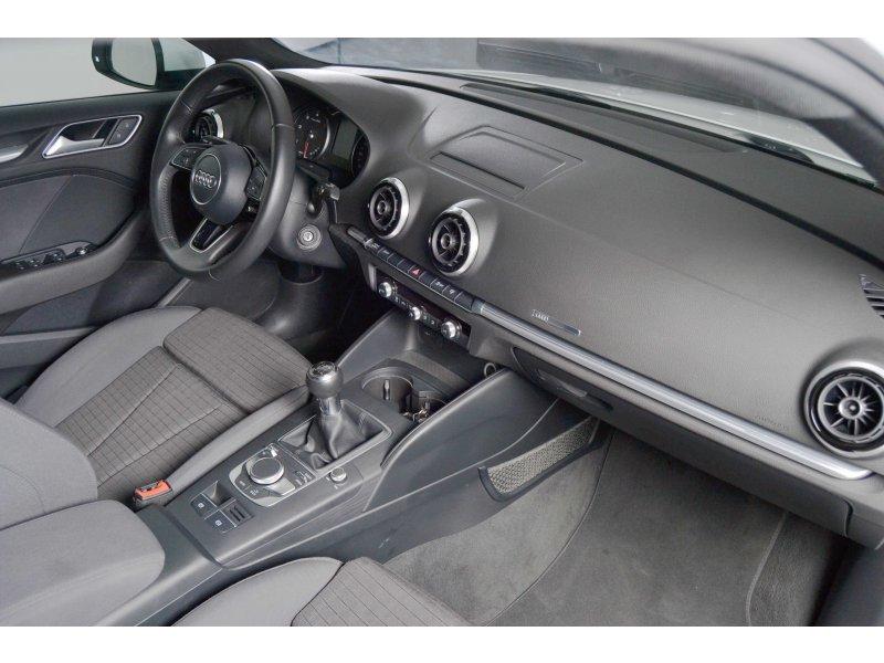 Audi A3 1.6 TDI Sportback 115CV NAVI sport edition