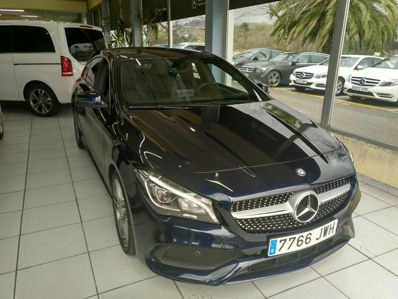 Mercedes-Benz Clase CLA CLA 220 d Shooting Brake AMG Line