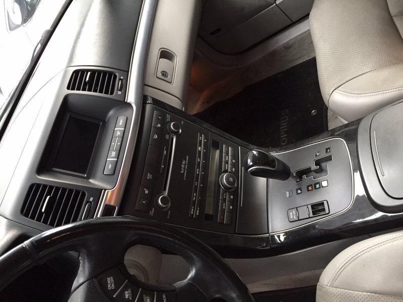 Kia Opirus 3.8 V6 -