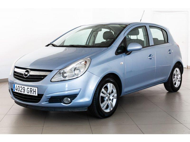 Opel Corsa 1.4 C'Mon