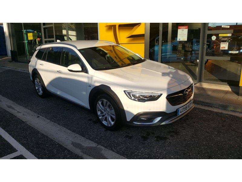 Opel Insignia CT 2.0 CDTi Turbo D Auto Country Tourer