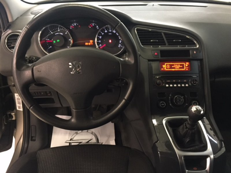 Peugeot 5008 1.6 120cv