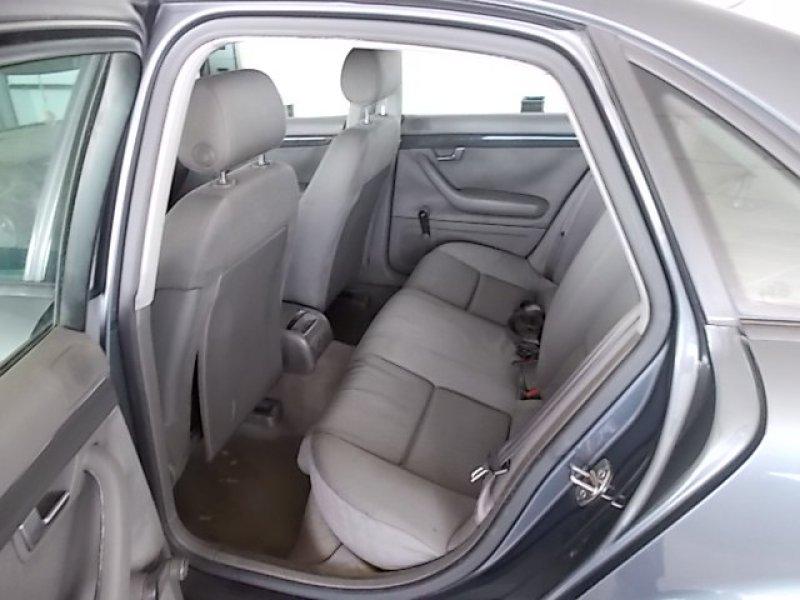 Audi A4 1.9 TDI 130 CV -