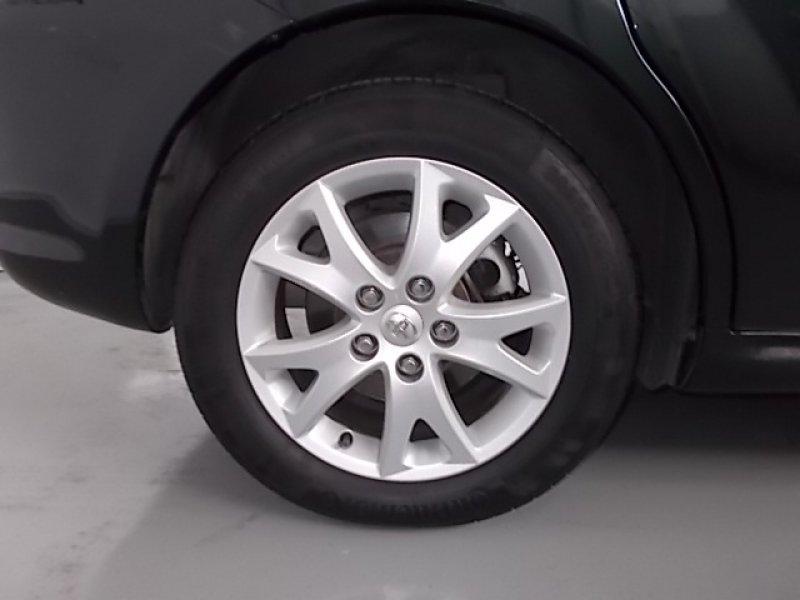 Toyota Corolla Verso 2.2 D-4D 136 CV Sol