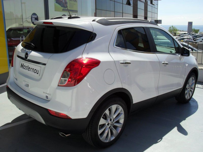 opel mokka x 1 6 cdti 136 cv 4x2 s s excellence diesel gris con 3000kms en barcelona. Black Bedroom Furniture Sets. Home Design Ideas