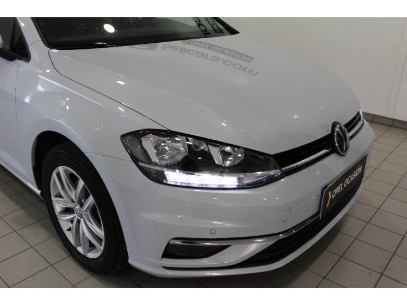 Volkswagen Golf 1.0 TSI DSG Advance