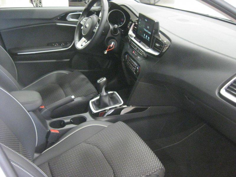 Kia ceed 1.6 CRDi 115CV Tech Tech