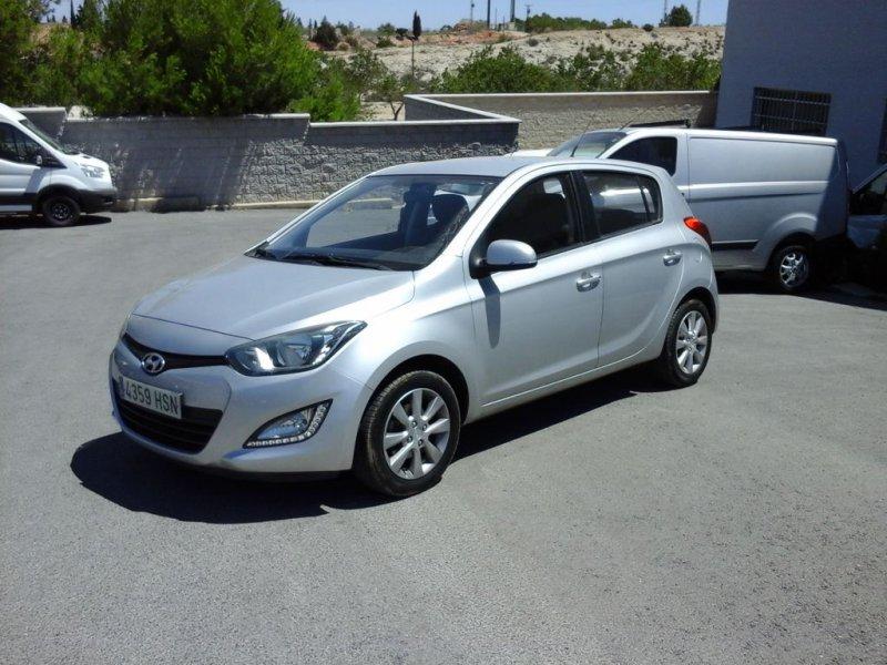 Hyundai I20 1.4 MPI Automatico Tecno S II