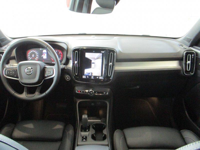 Volvo XC40 2.0 D4 AWD Auto Momentum