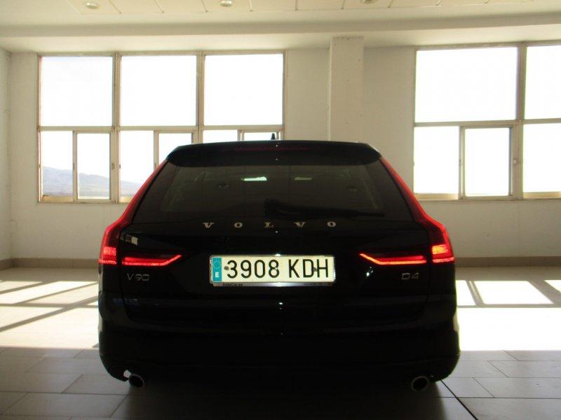 Volvo V90 2.0 D4 Auto Momentum