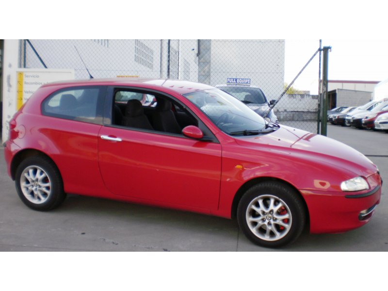 Alfa Romeo 147 1.6 TS / 120 CV DISTINTIVE