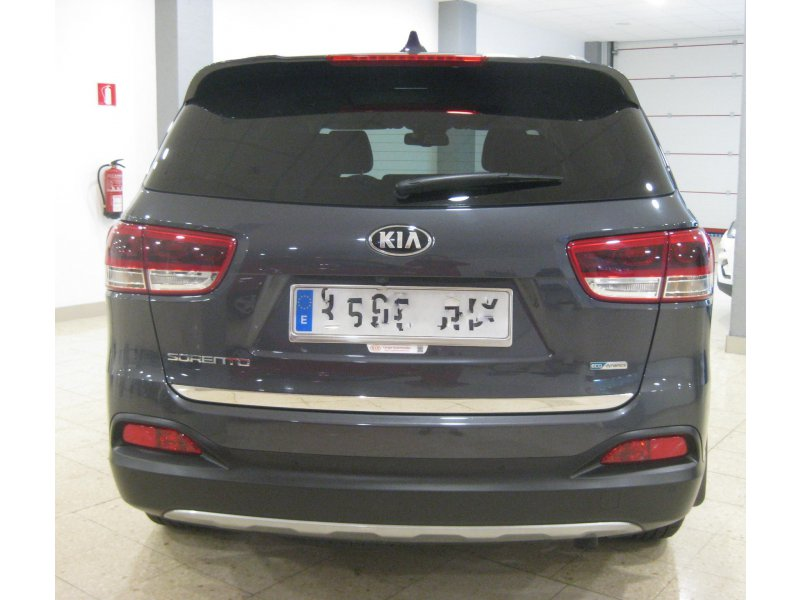 Kia Sorento 2.2 CRDi Auto 4x4 (Pack Luxury) Emotion