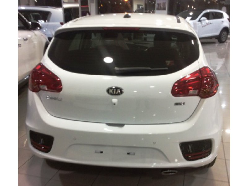 Kia ceed 1.0T-GDI 120 C.V TECH