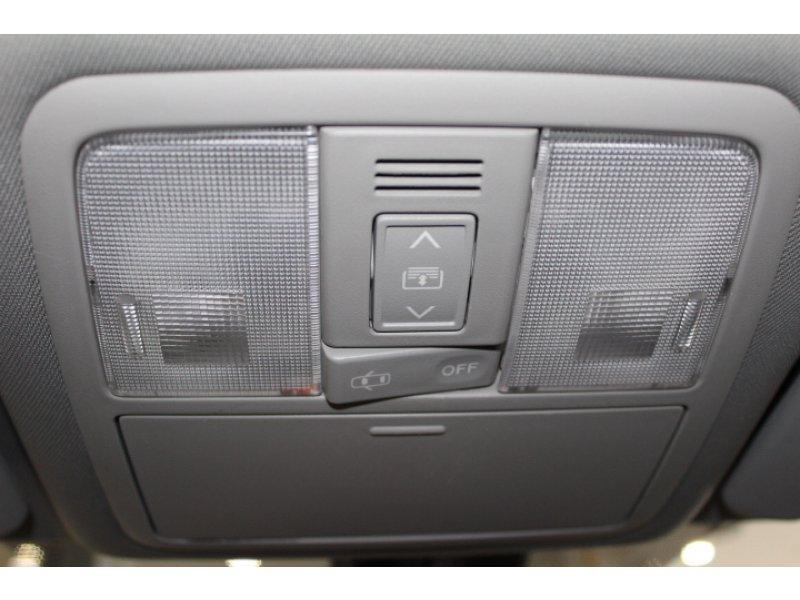 Toyota Avensis 120D Cross Sport Advance