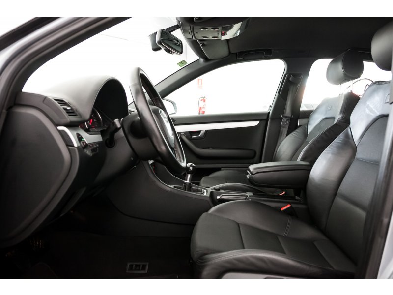 Audi A4 2.7 TDI Sport Line