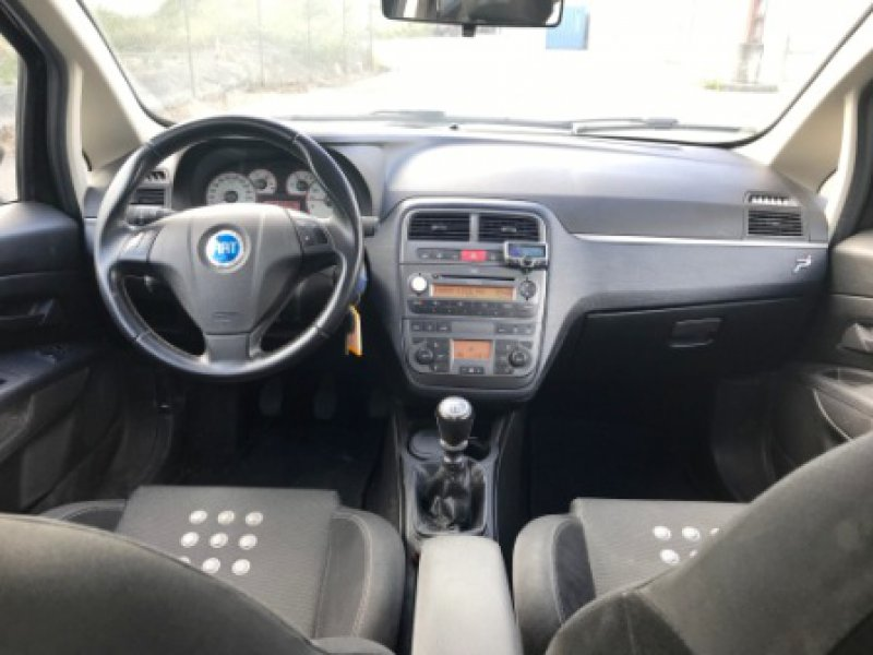 Fiat Punto 1.4 16v 95cv Sporting