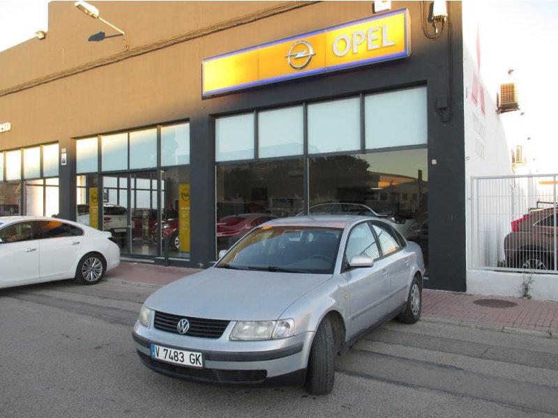 Volkswagen Passat 1.9 TDI SYNCRO HIGHLINE