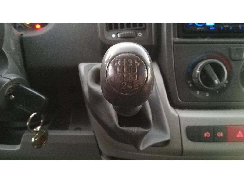 Fiat Ducato 35 2.3 Multijet Chasis Cabina Medio L -