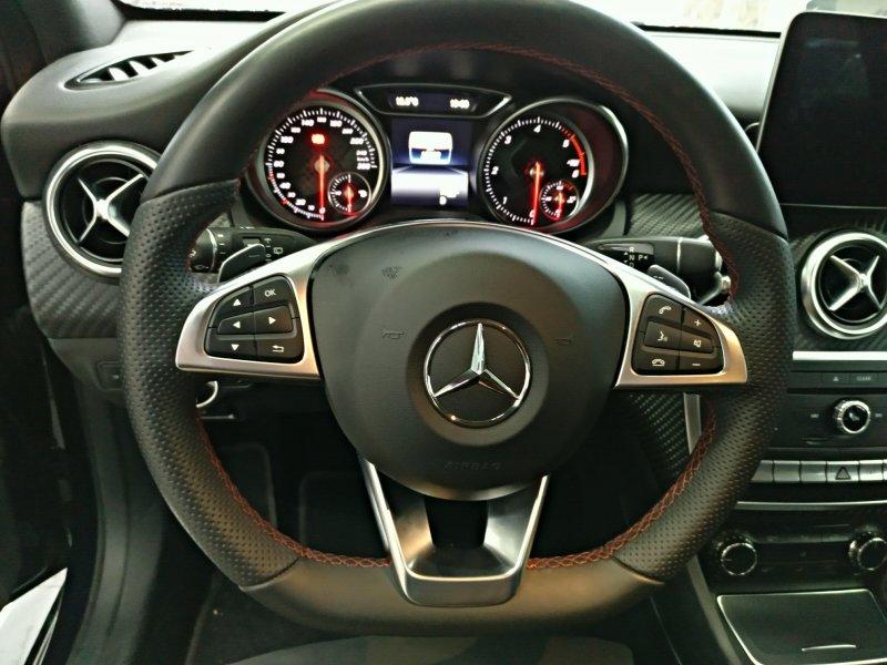Mercedes-Benz Clase A A 200 d AMG Line