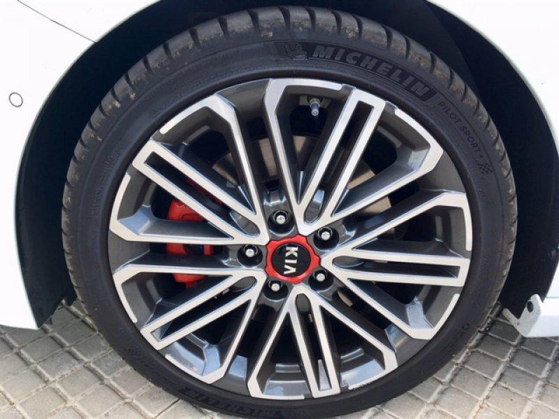 Kia ceed 1.6 T-GDi 150kW (204CV) DCT GT