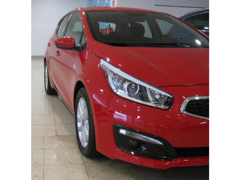 Kia ceed 1.4 CRDi (90CV) LLANTAS ALUMINIO Business