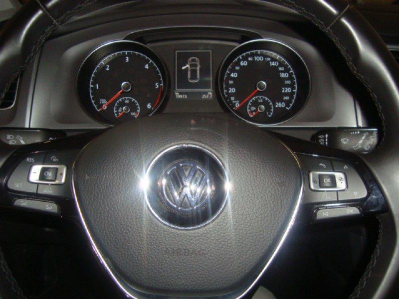 Volkswagen Golf 1.6 TDI 110cv Bluemotion