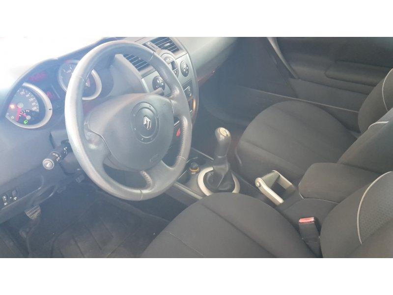 Renault Mégane 1.6 16V CONFORT DYNAMIQUE