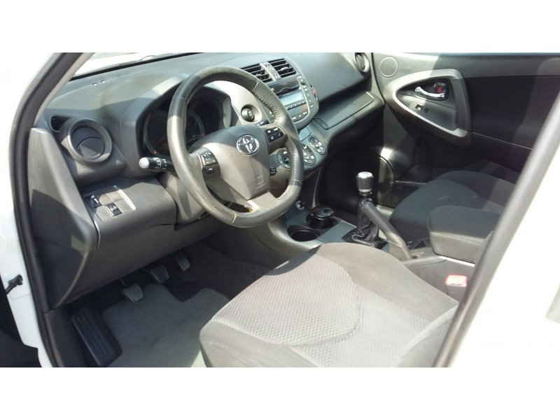 Toyota Rav4 2.2 D-4D 4x4 Advance