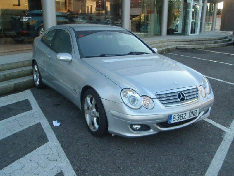 Mercedes-Benz Clase C C 180 K SPORTCOUPÉ SPORT EDITION