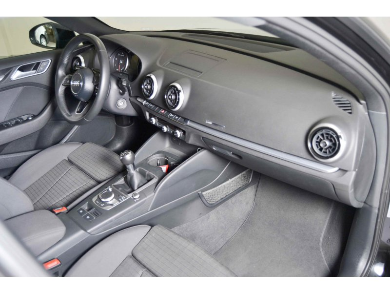 Audi A3 1.6 TDI 85kW Sportback 115cv NAVI sport edition