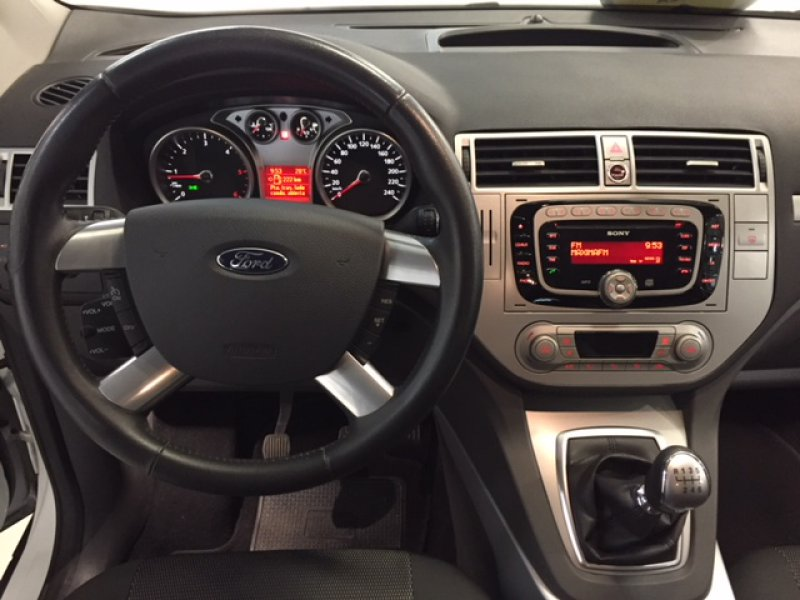 Ford Kuga 2.0 dci 140 CV