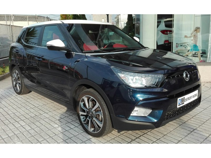 SsangYong Tivoli D16T Auto 4x4 RED EDITION Limited Red Edition
