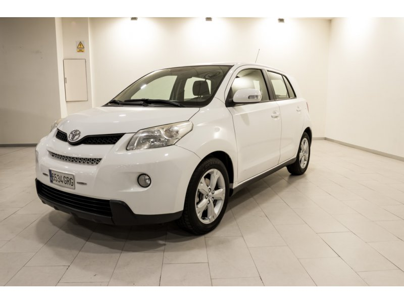 Toyota Urban Cruiser 1.4 D-4D Active