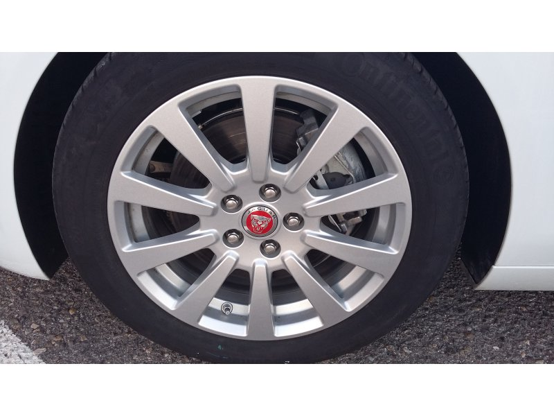 Jaguar XE 2.0 Diesel Auto RWD XE Pure