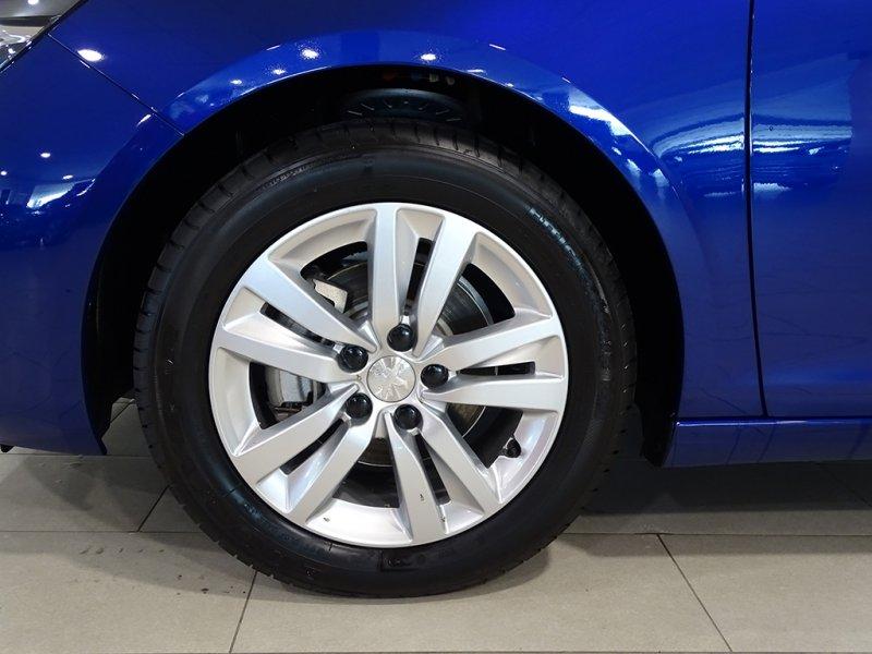 Peugeot 308 5p 1.5 BlueHDi 96KW (130CV) Active