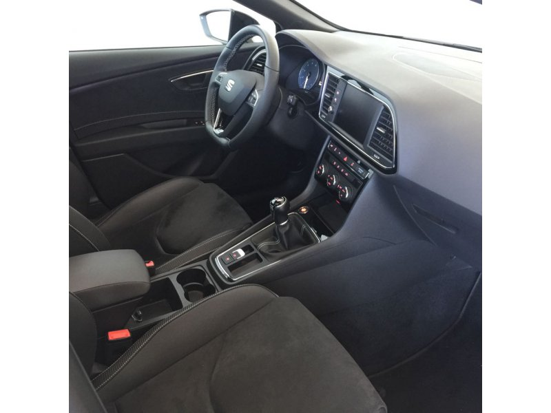 SEAT Nuevo León ST 2.0 TSI 290cv St&Sp CUPRA