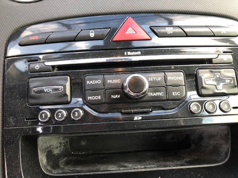 Peugeot 308 1.6 HDI 110CV
